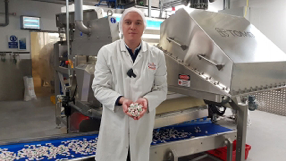 TOMRA'S Nimbus Sorter successfully automates confectionery sorting at Swizzels Matlow, a UK family business that produces sugar confectionery.