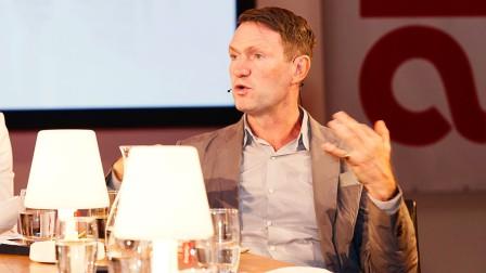 Chris Sanderson holding a keynote during Anuga 2019