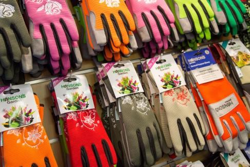 aps_garden_gloves_1200x675