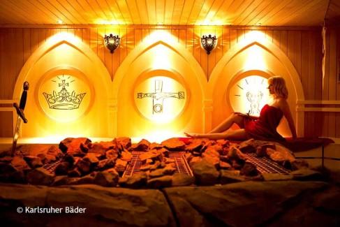 Excalibur-Sauna-Rendering-Frau-(1)