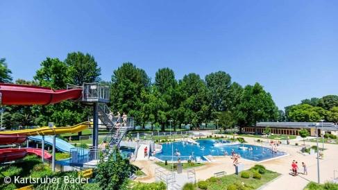 Sommer-im-Rheinstrandbad-Rappenwört