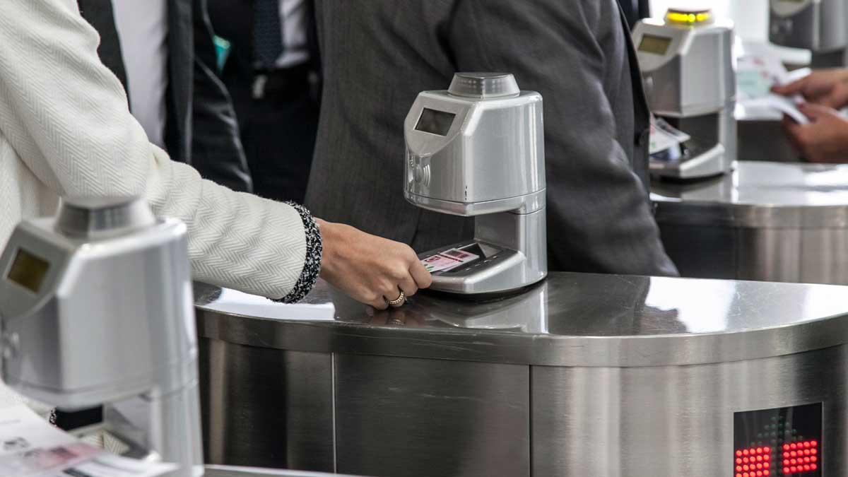 Online Ticket - Keine Wartezeiten an der Kasse!