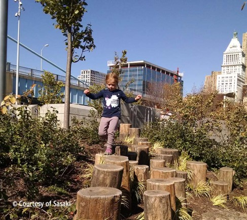 Smale-Riverfront-Park--Play-3