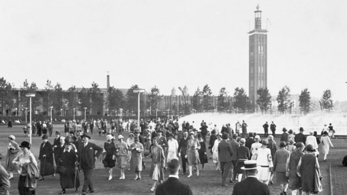1928 – Zur Presseaustellung Pressa entsteht an der Messe ein Park zum Flanieren.