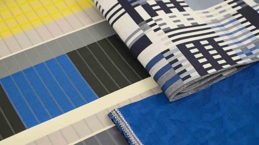 Geometric fabric design by Anni Albers i