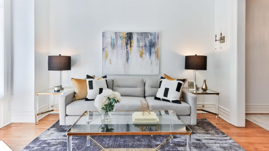 Staging einer Wohnung mit professioneller Einrichtung