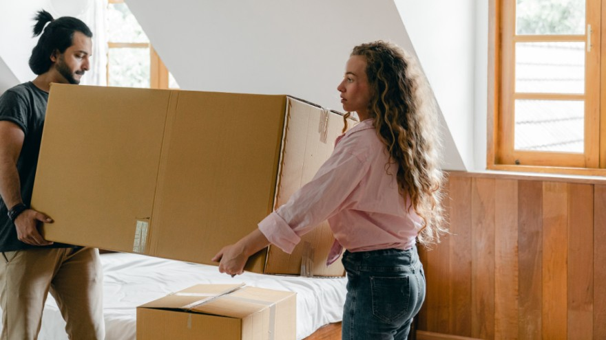 Millennials rent furniture from Startups