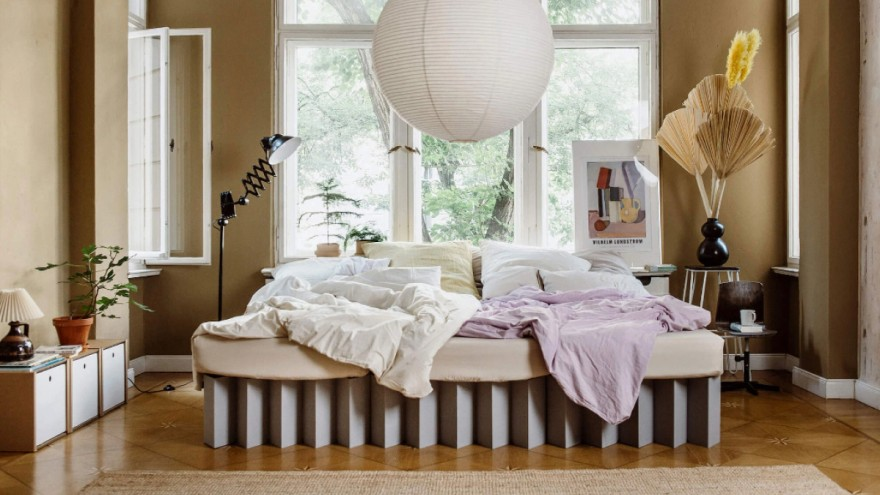 Corrugated board bed by furniture star-tup Roominabox