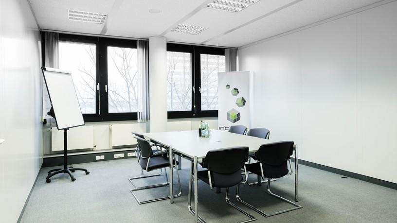 incube8 Großes Büro