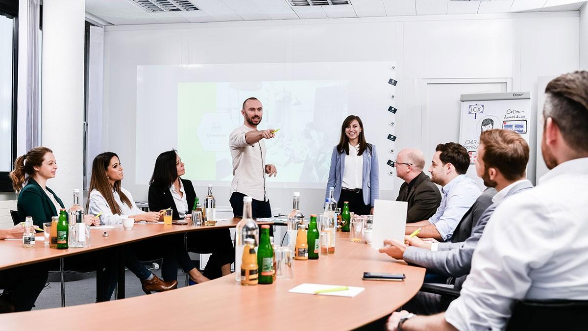 incube8 Fuer Unternehmen Programmablauf