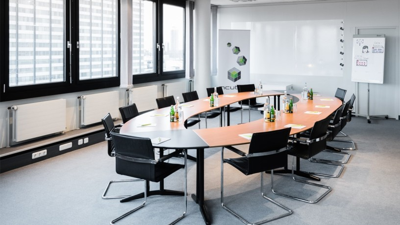 incube8 Meeting Rooms
