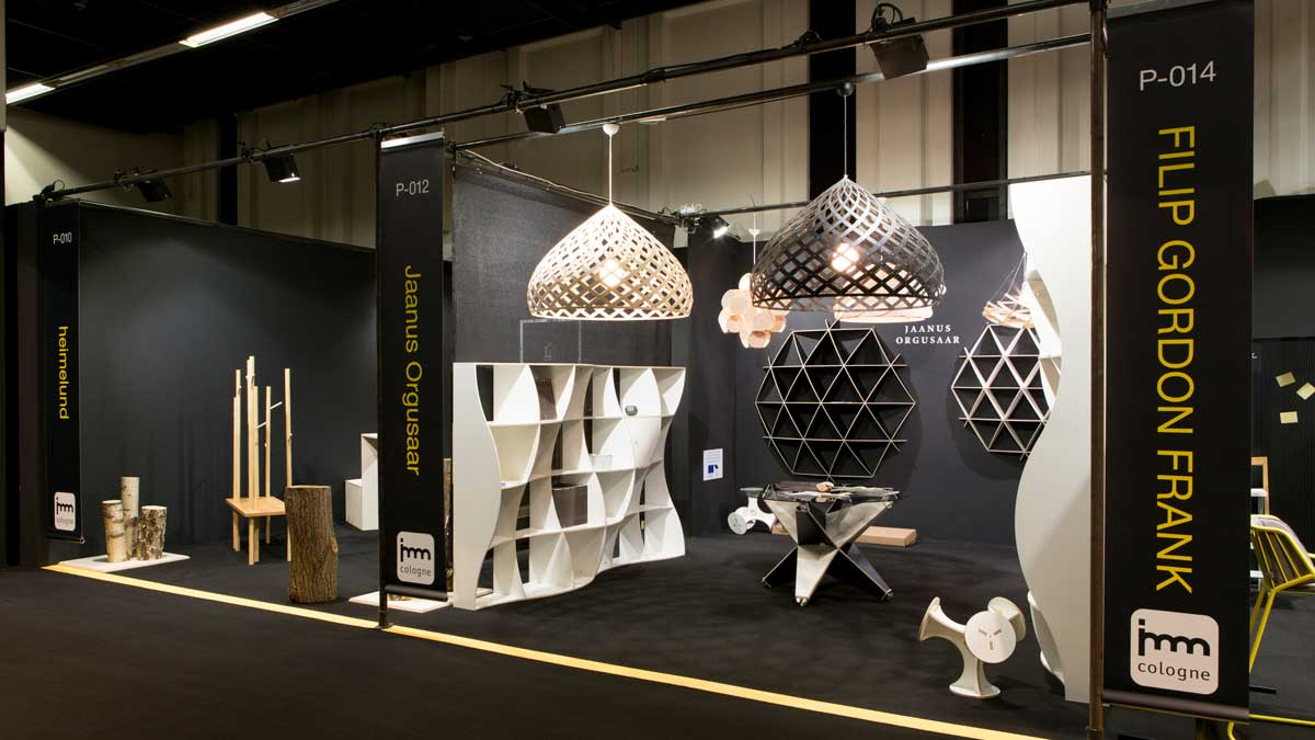 Individual, creative group stand: minimalist, special and communicative.