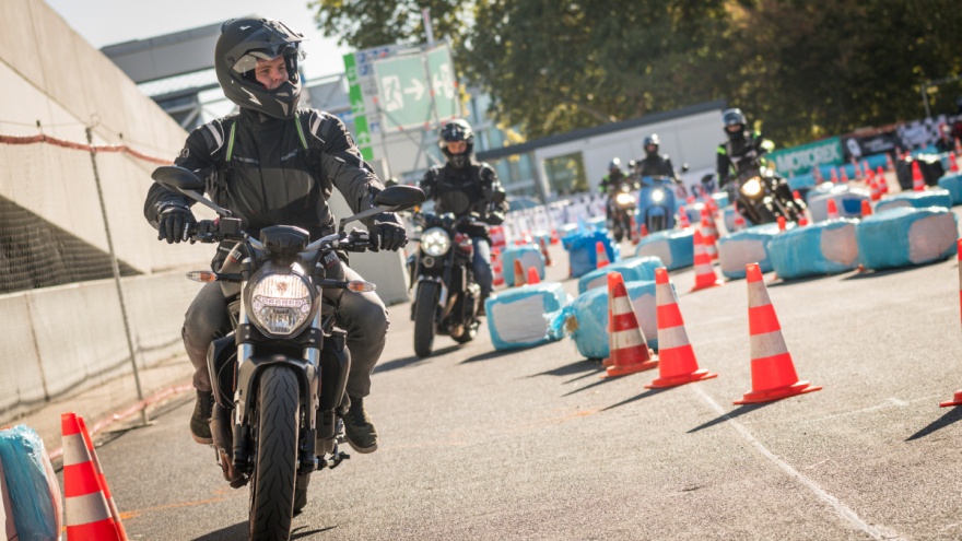 Getting your motorcycle driving licence - questions and answers