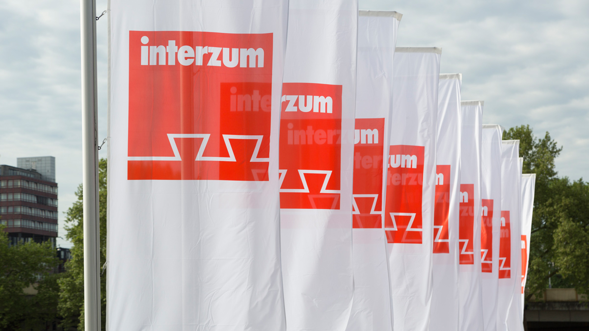 interzum flags