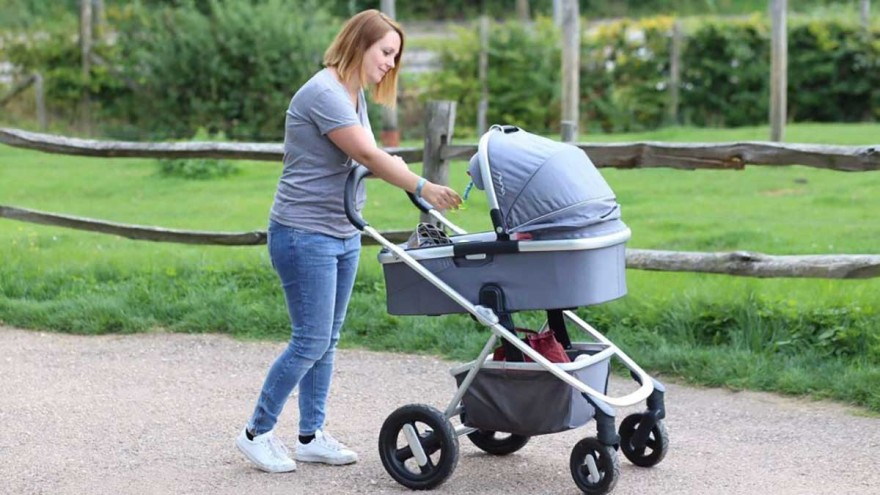 nuna's ivvi savi is a multifunctional pram