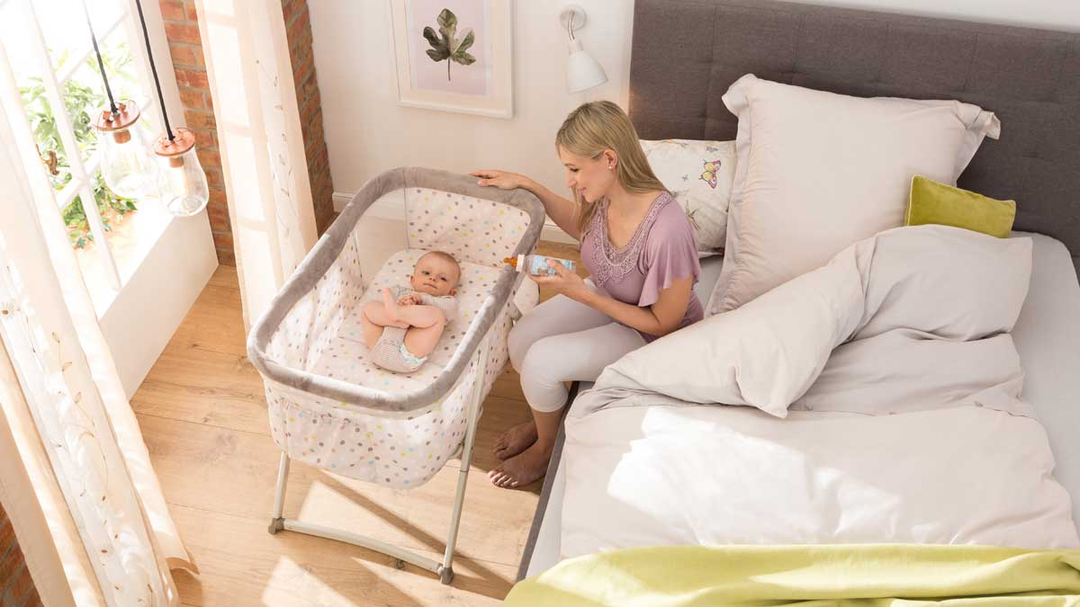 Comfortable, safe, portable: The ideal travel cot when on the go