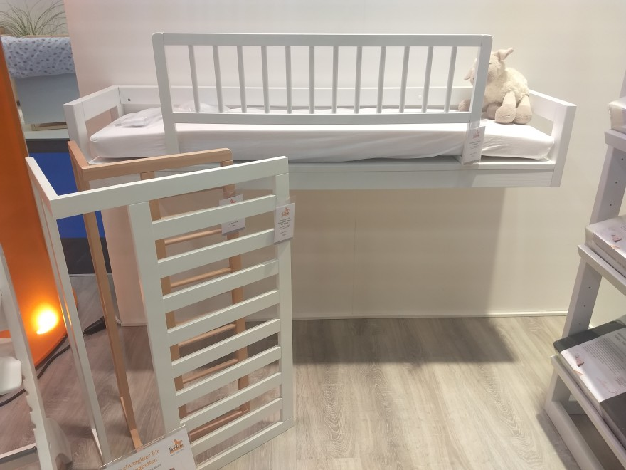 children's products, sleep, safety, bed guards, safety net, crib