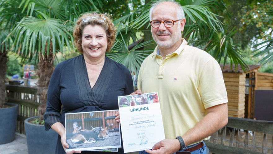Caption: Katharina C. Hamma, Chief Operating Officer Koelnmesse GmbH, and Zoo Director, Prof. Theo Pagel