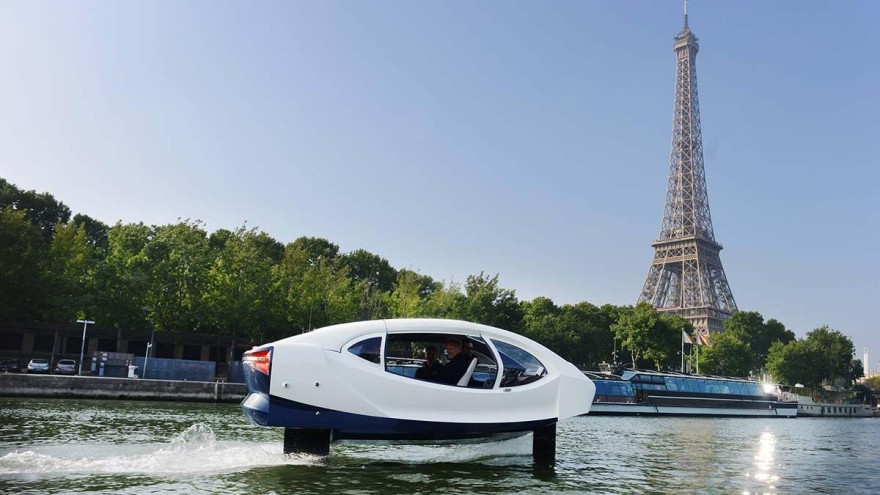 The Paris SeaBubbles float for the most part above the surface of the water © SeaBubbles