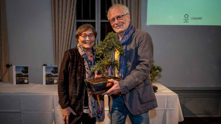 "Volker Püschel with his wife at the ""Gardens of the Year 2019"" award ceremony © Callwey"