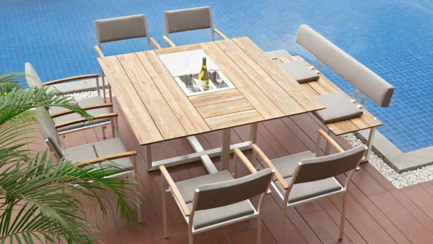 Sustainable material mix of aluminum and recycled teak: greenline by Zebra © Zebra