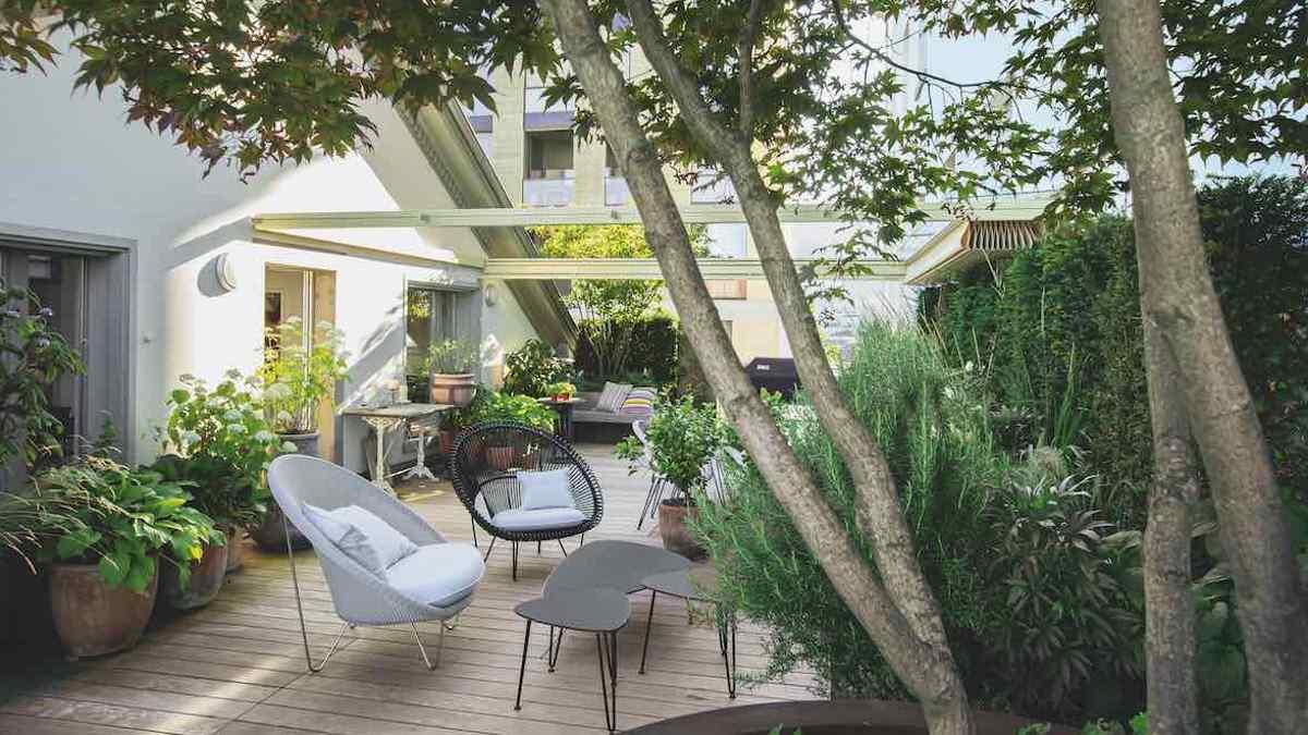 Anerkennung: Dachgarten vom Büro Lustenberger Schelling Landschaftsarchitekten © Callwey Verlag/Foto: Terry Frauenfelder, Jan Schelling