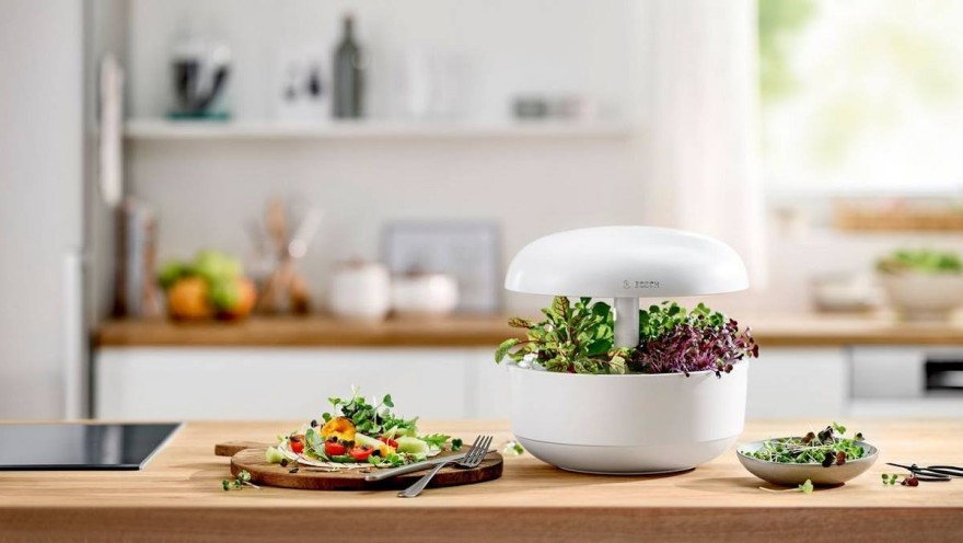 All-in-one indoor gardening system: SmartGrow © Bosch