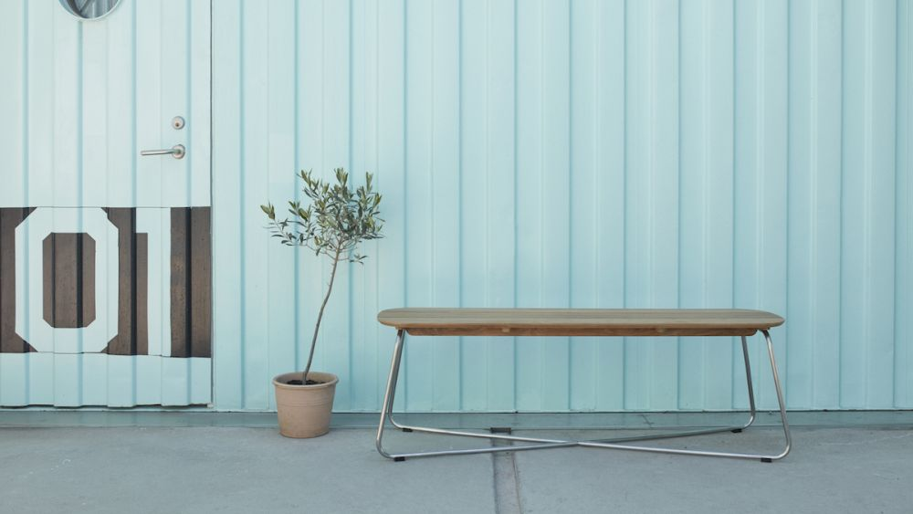 Outdoor furniture: New purism in the open air