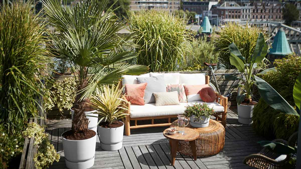 Green solutions: recycling in outdoor design
