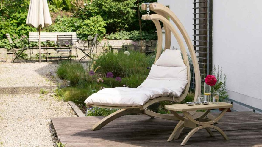 Swing lounger from Amazonas made of recycled cotton and certified wood © Amazonas