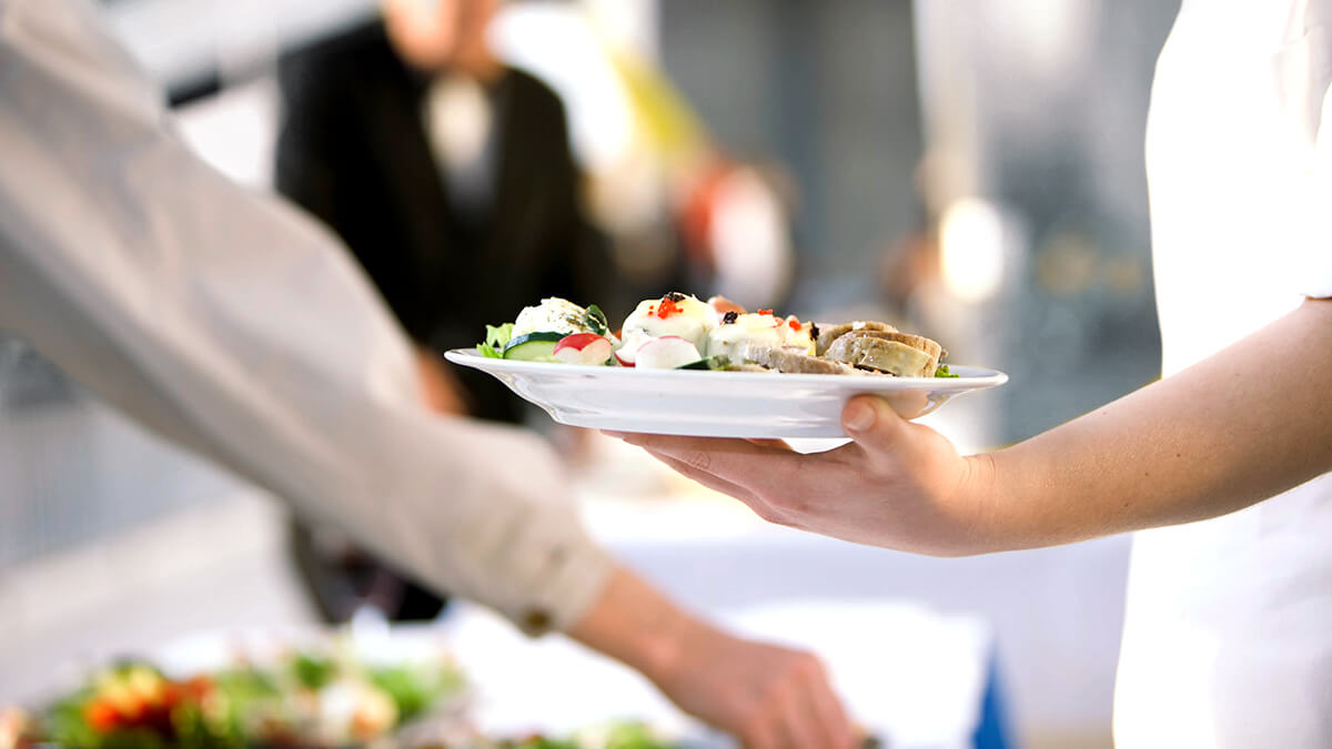 Gastronomic supply and tailor-made catering concepts for your trade fair success.