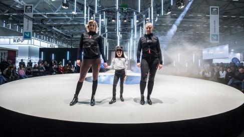 fashion walk_11_1200x675