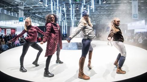 fashion walk_8_1200x675